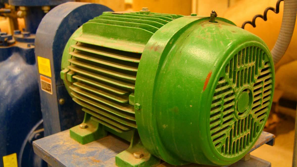 How to design an electric motor regreasing program for How to lubricate an electric motor