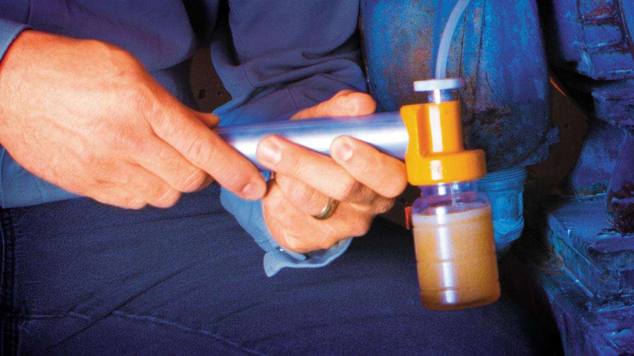 How to Determine the Right Oil Sampling Frequency