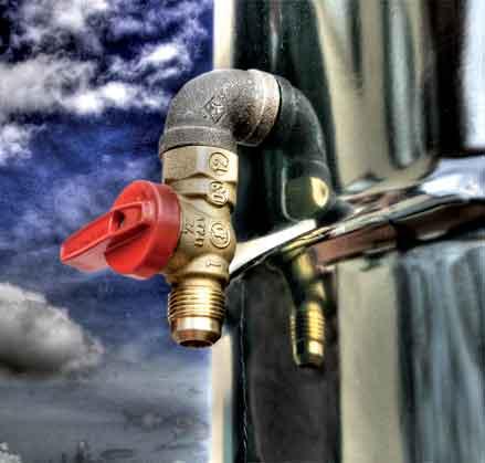 BeyondData_Oil_tap-image.jpg