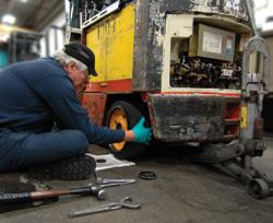 Forklift Mechanic - Forklift mechanic