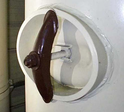 & Vessel manways handholes pose special sealing challenges pezcame.com