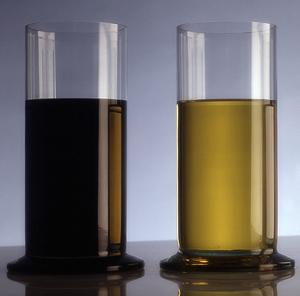 Can Engine Oils Replace Hydraulic Oils?