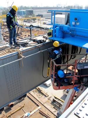59750939f09d 7 Safety Tips for Working in High Places