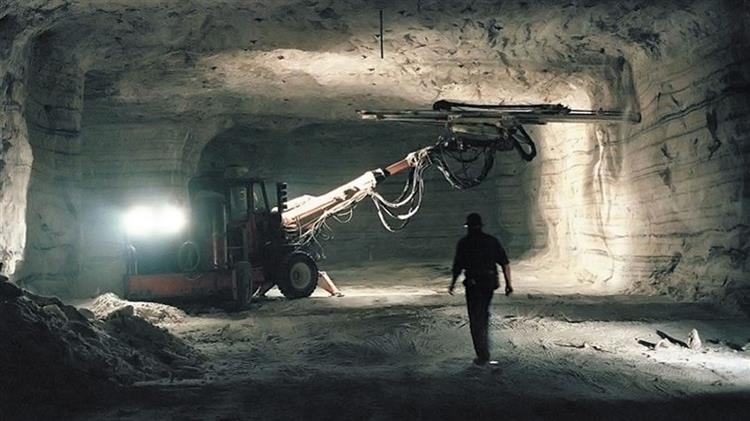 Using PdM Technology to Reduce Downtime in Mines