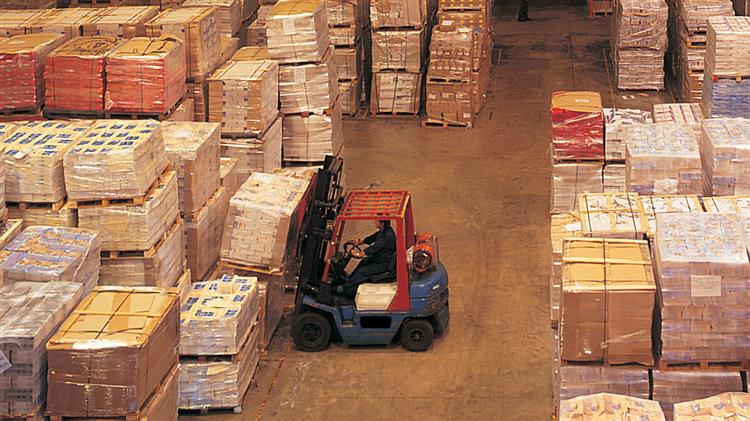 4 Ways to Maximize Your Available Warehouse Space